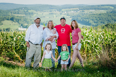 1208_Ronnybrook Farm Family_063