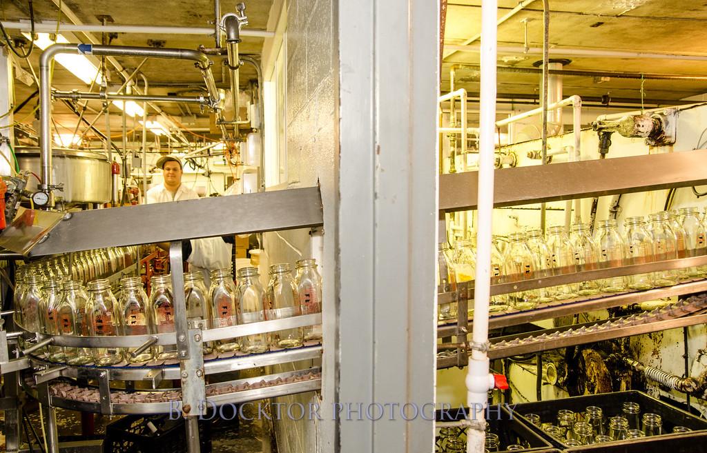 1209_Ronnybrook Bottling_051