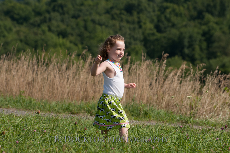 1208_Ronnybrook Farm Family_178