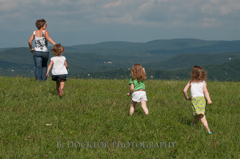 1208_Ronnybrook Farm Family_171
