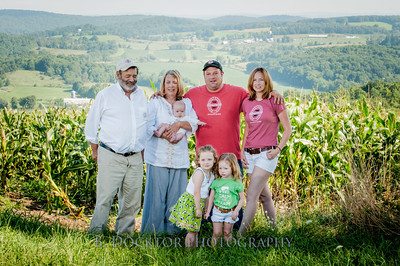 1208_Ronnybrook Farm Family_066