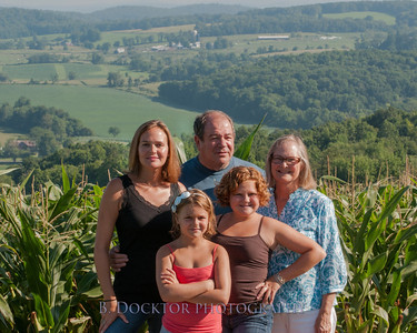 1208_Ronnybrook Farm Family_011
