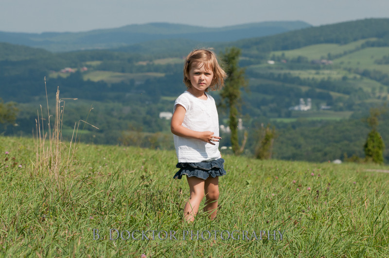 1208_Ronnybrook Farm Family_218