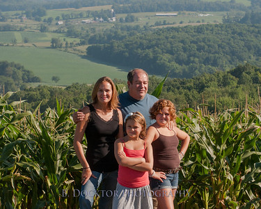 1208_Ronnybrook Farm Family_007