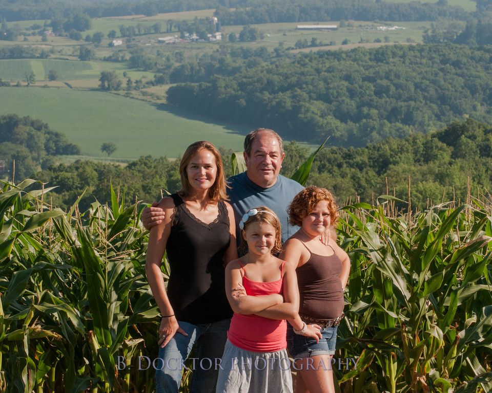 1208_Ronnybrook Farm Family_009