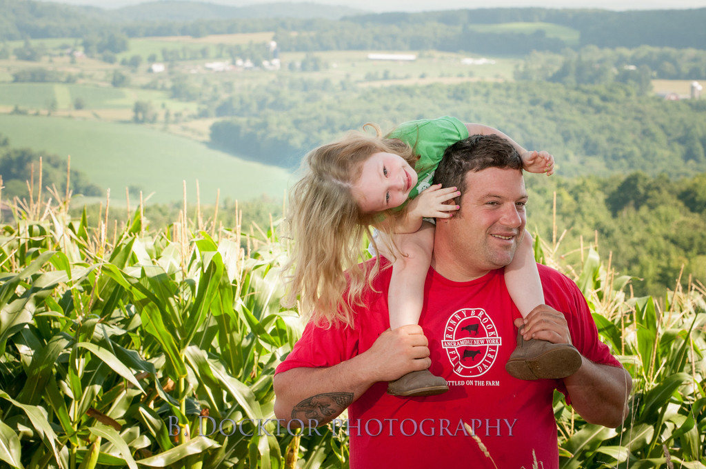 1208_Ronnybrook Farm Family_108