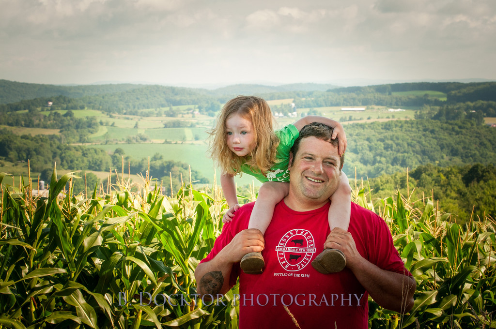 1208_Ronnybrook Farm Family_114