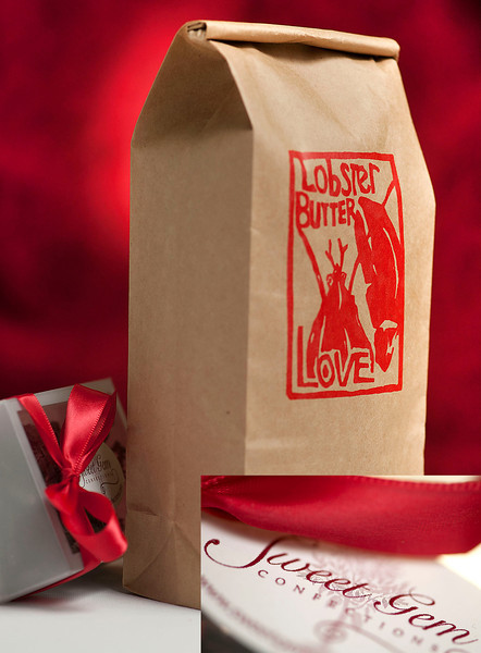Valentines coffee gift packages available here: http://roosroast.com/2013/02/v-day-bombastic-gift-ideas/