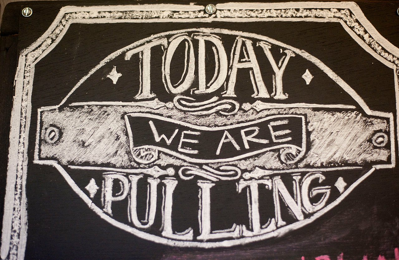 pulling-sign