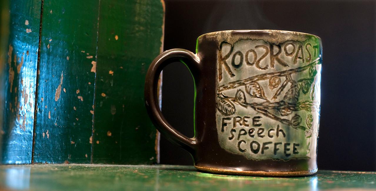 Roos-green-mug