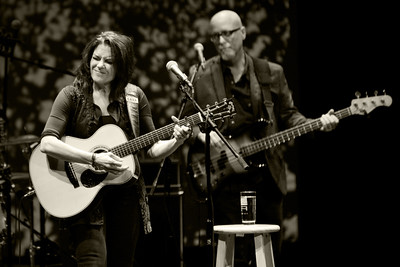 Rosanne Cash performs at the Pace Center in Parker on Jan. 9, 2014. Photos by Tina Hagerling, heyreverb.com.