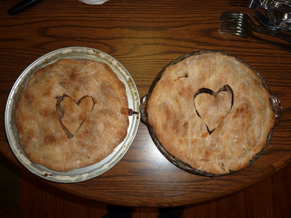 A quick shot of dessert before heading to the appetizer house.  It was Valentine's weekend so apple pies with hearts in the middle.