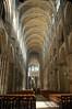 De Kathedraal in Rouen van binnen. Ontzettend hoog, gaf wel een aardig effect op de foto... Wint het wat mij betreft van de Notre-Dame als het gaat om schoonheid.