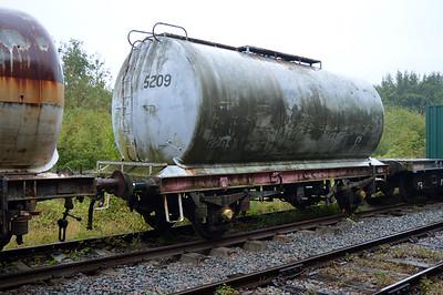24t Petroleum Tank 5209  25/08/14.