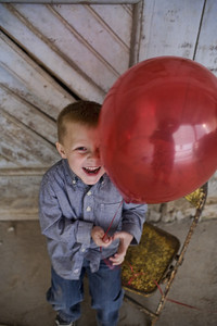 Did he say he did NOT want the balloon. yea, right. we sure had alot of fun and got some great pix anyway, ha tricked you L.