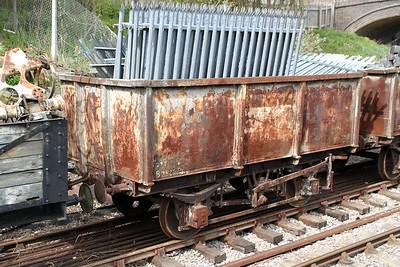 B384074 27t Iron Ore Tippler   14/04/12