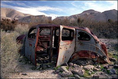 Rusty Car in Date Grove
