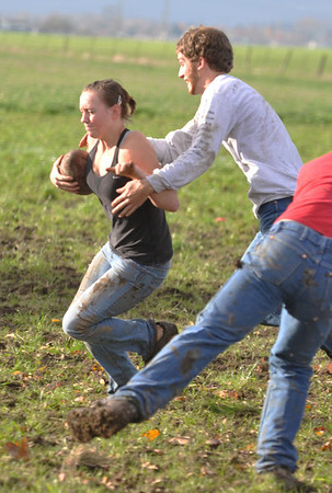 mudbowl2011 094_edited-1