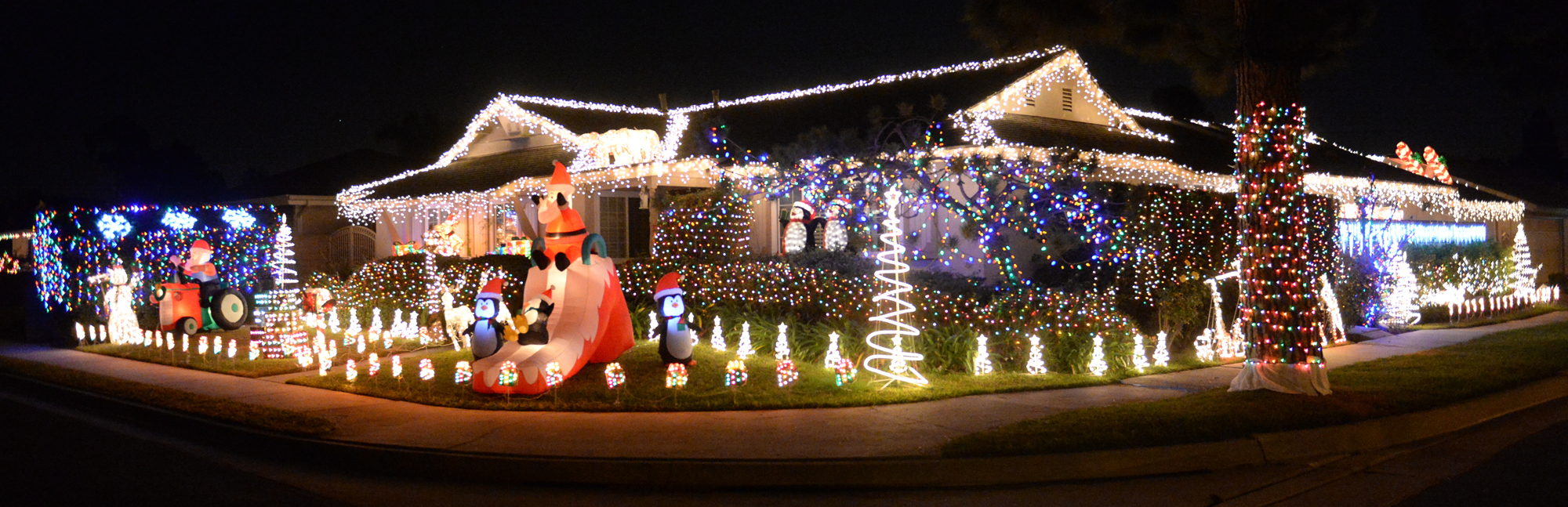 . Holiday lights on display on the 15800-block of Greenworth Drive in La Mirada on Friday December 20, 2013.  (Staff Photo by Keith Durflinger/Whittier Daily News)