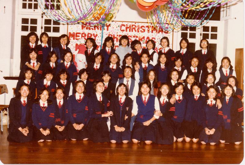 F.5F taken Dec 1980 shcc memories<br /> With Cisy's input:<br /> 1st Row (L->R): Fanny Ng, Eva Chan, Celina Wong, May Tam, Lana Ho, Cindy Lui, Nancy Ho, Julie Pui,  Amy Chu, Susan Wong, Liver Ko, Annie Tsui<br /> 2nd Row: Amy Cheung, Annie Wong, Cisy Yuen, Mable Leung, Irene Yeung, Mr Yim?, Mrs Yan. Susanna Hui, Susie Man, Fiona Chan, Anita Lee<br /> 3rd Row: Lilian Wong, Amy  Fok, Agnes Wong, Josephine Cheung?, Teresa Tee, Brenda Wong, Betty Tsang?, Clara Lee, Secanry Yeung?, Cindia Chiu, Susanna Ho, Stella Kwok<br /> 4th Row: Jovanna Yu, Carman Tam?, Evia Yeung, Ruby Tsang, Pramilla Sabnani, Sabrina Chan, Stella Tam, Anita Chiu, Irene Leung, Anne Chan, Josephine Chu