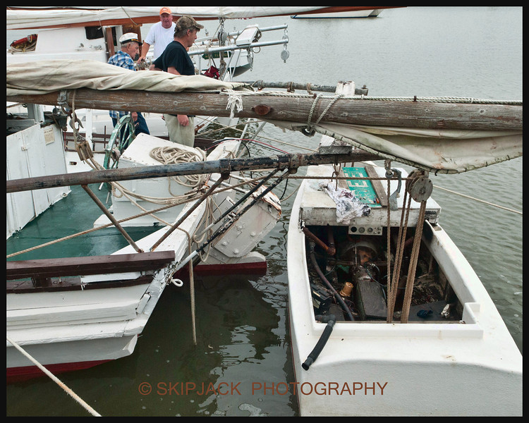 CITY OF CRISFIELD PUSH ( YAW ) BOAT<br /> 2013<br /> DEALE ISLAND   CAPT ART DANIELS WITH CAPT. HAT ON