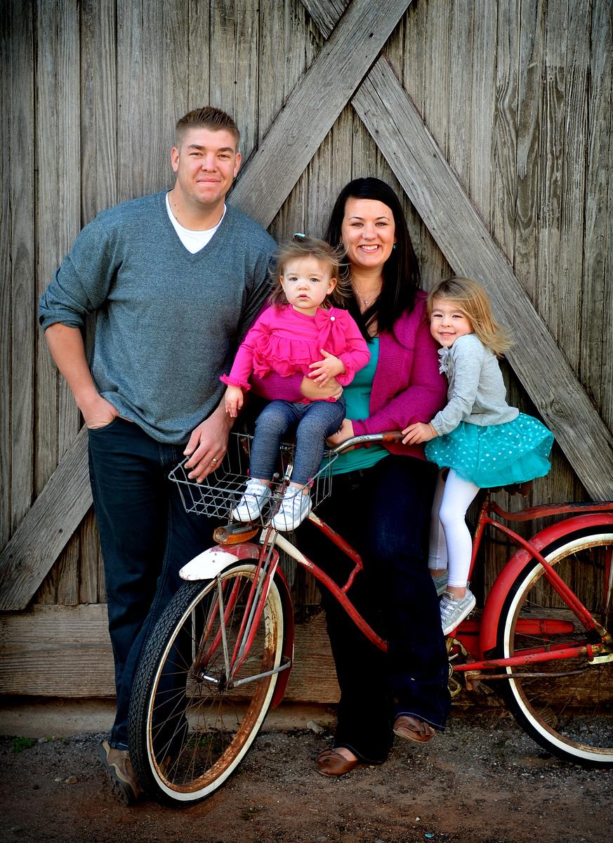 Edmond Oklahoma Family photography by LimerickStudio, Creel McFarland, Photographer.