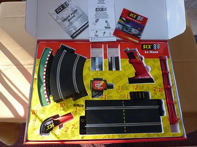 Photo inside the LeMans set box.