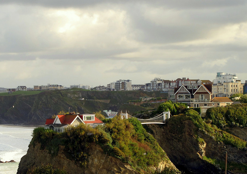Said to be the only house with its own suspension bridge, this house overlooking Newquay town beaches has recently changed hands for around 1 million pounds.