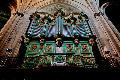 Organ, Saint-Sauveur Cathedral, Aix-en-Provence, France, French Riviera
