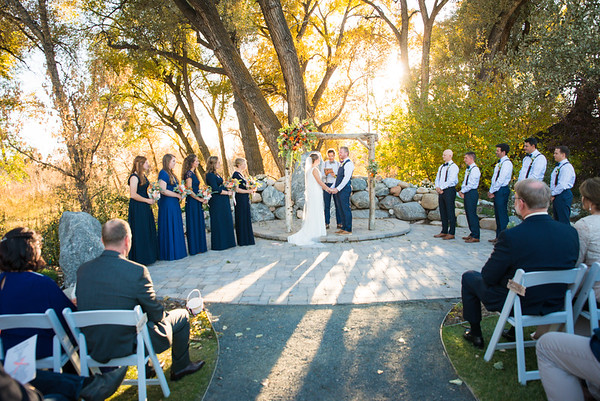 Congratulations Nathan and Emily Fleming!  Sweet Heart Winery was a beautiful venue and we could not have asked more a more beautiful Fall evening.