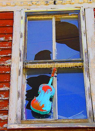 Fiddle in the Window<br /> Heidelberg project<br /> Detroit MI