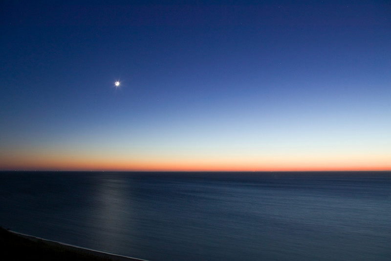 crescent moon w Big Dipper over Cape Cod Bay