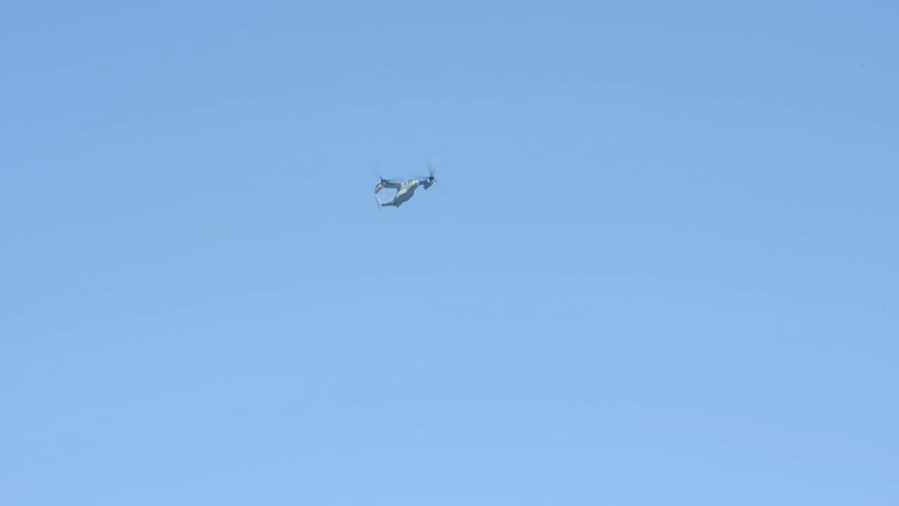 A video of the V-22 Osprey flying over during Fleet Week.