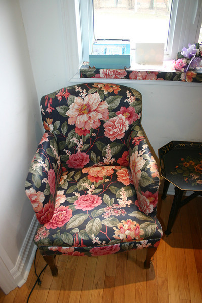 I spent endless hours chatting with my mom while she sat in this chair.  I will take it to the cottage.