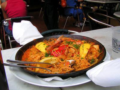 Seafood pasta paella at our hotel El Convento....yummy!