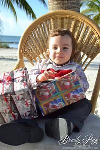 Santa Photos Zahny Gonzalez