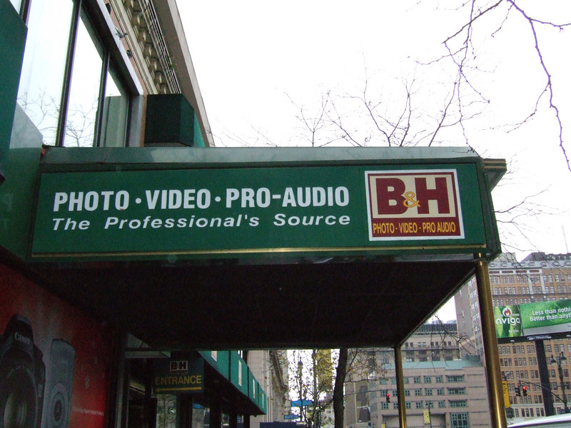 On my way to the Chelsea Market I passed B&H.  Their catalogs make Ben drool...had to take a picture of the awning.