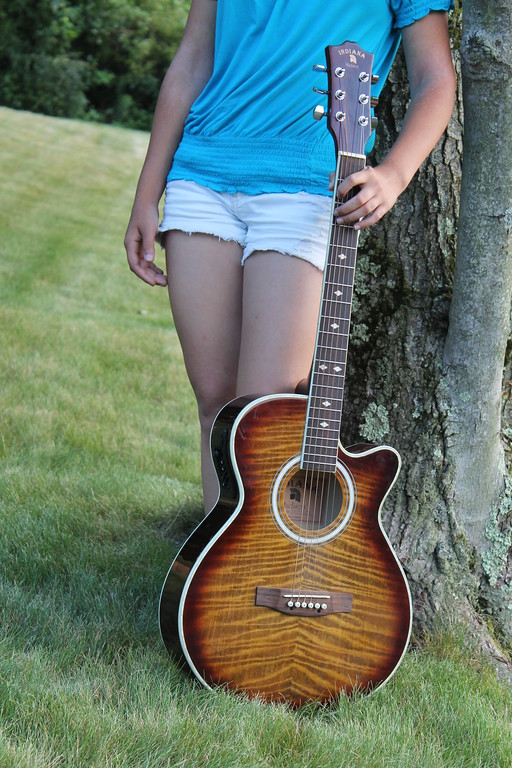 Savi Guitar