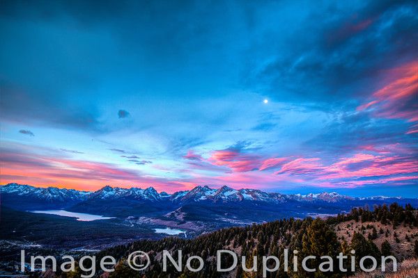 Sawtooth Sunrise Drama