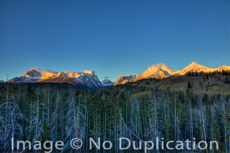 Sunrise on the Sawtooths