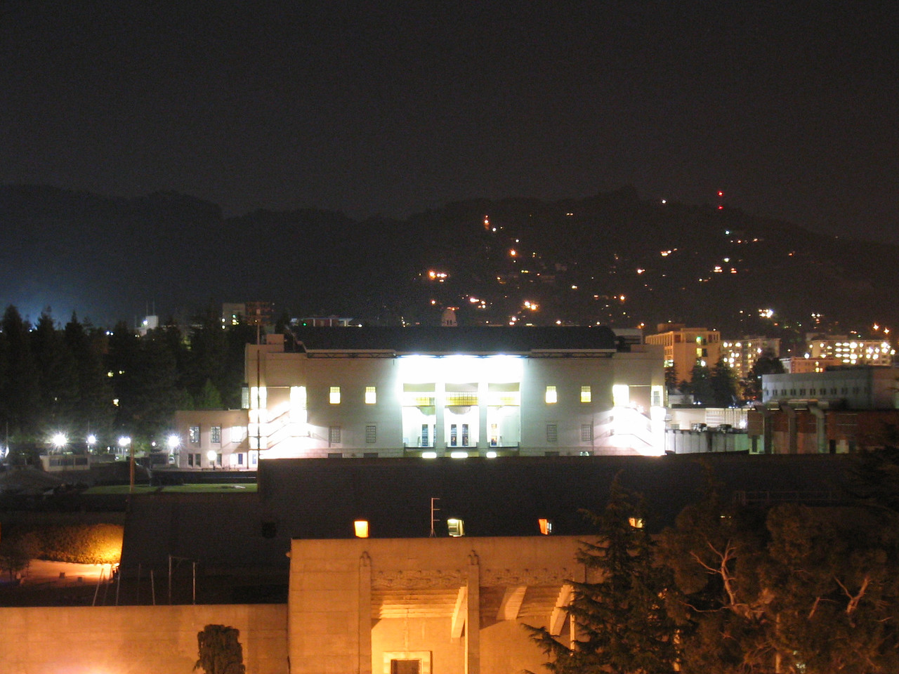 Haas Pavilion from Gaia roof - overexposed, 5-10-03