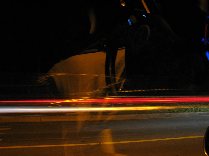 2006 09 16 Sat - Slow shutter fun outside Isaac Choi's UCSD dorm