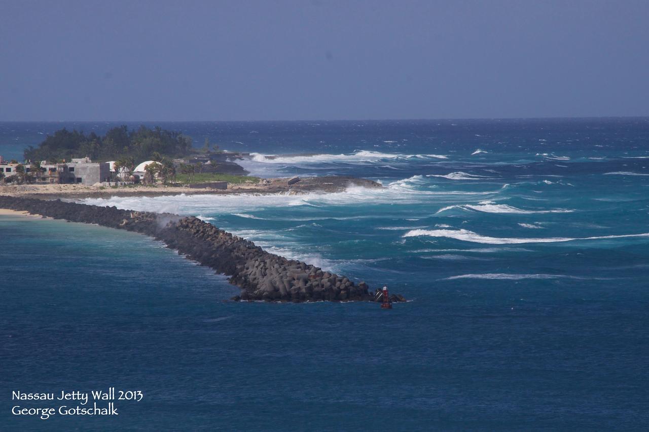 Nassau Jetty wall