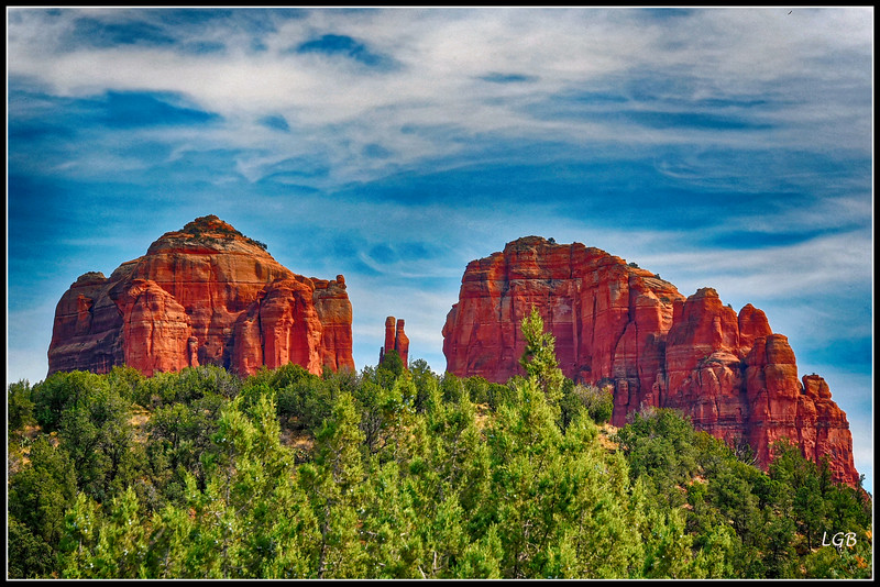 Cathedral Rock with saddle and saddle points
