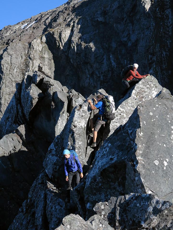 Lea Linke, Julia Eckhof and Johannes Beck near Homer Saddle