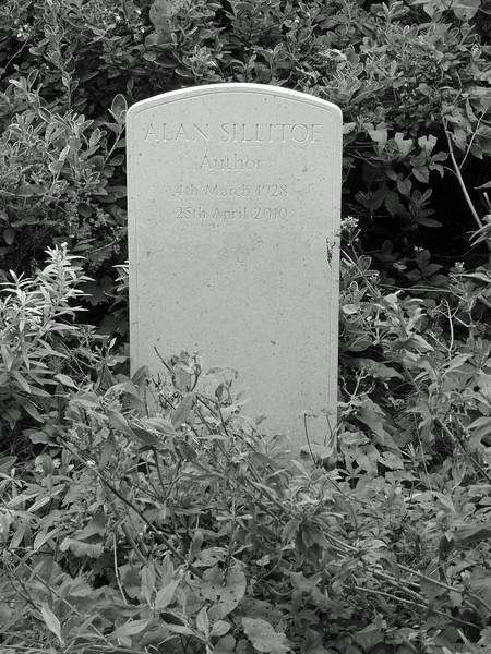 Highgate Cemetery - Alan Sillitoe's grave