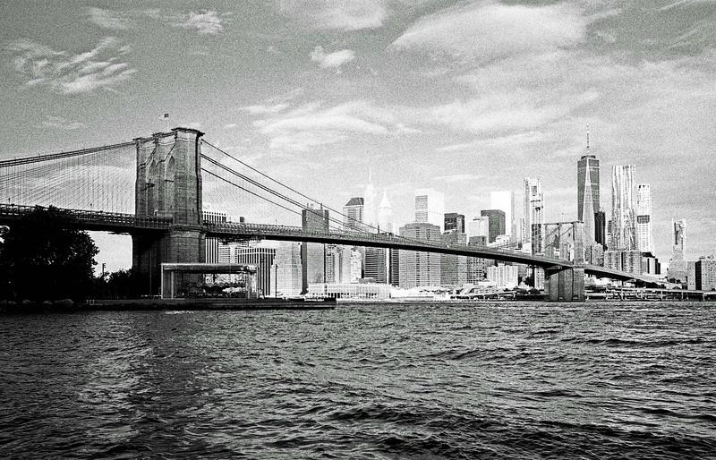 Brooklyn Bridge - Leica M6 35mm lens