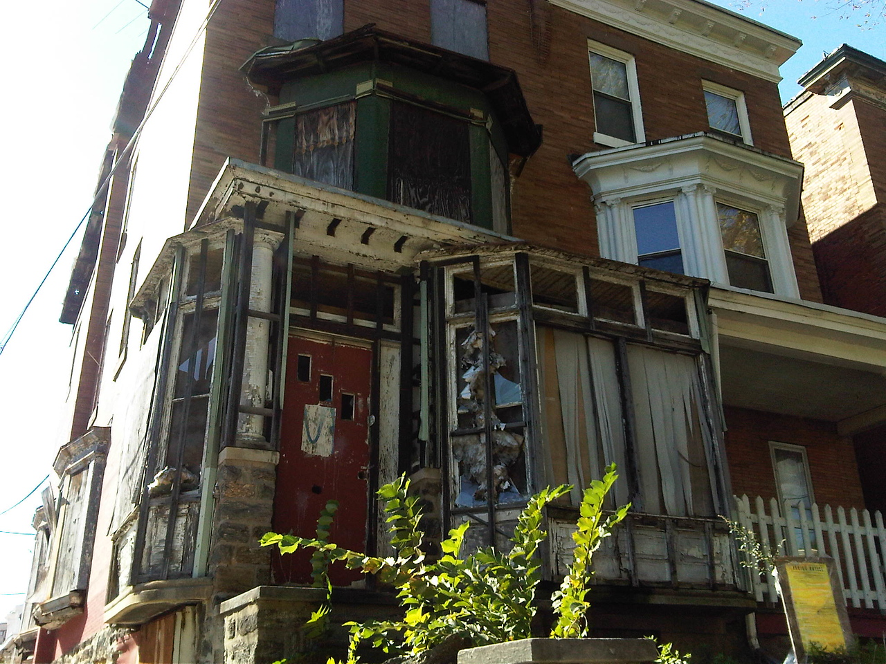The home on Greene Street before the YouthBuild Philadelphia renovation project.