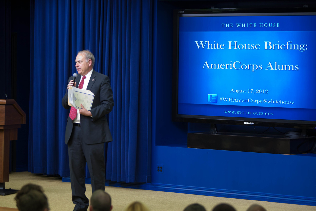 Bill Basl, Director of AmeriCorps, Corporation for Naional Serve, welcomes AmeriCorps Alums and Champions of Change to the White House. Corporation for National and Community Service Photo