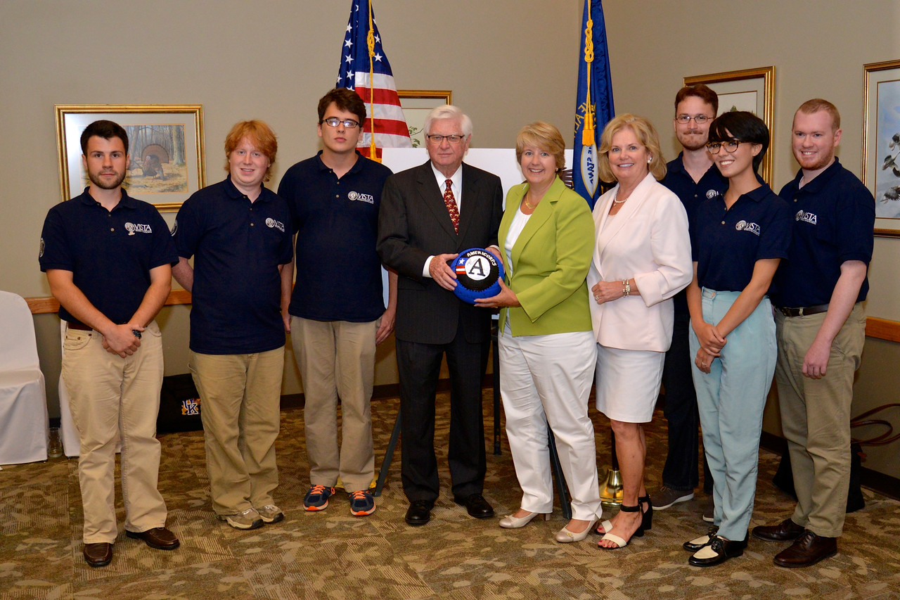 U.S. Rep. Hal Rogers and his wife Cindy join CNCS CEO Wendy Spencer and seven AmeriCorps VISTAs supporting the SOAR initiative in Appalachian Kentucky.